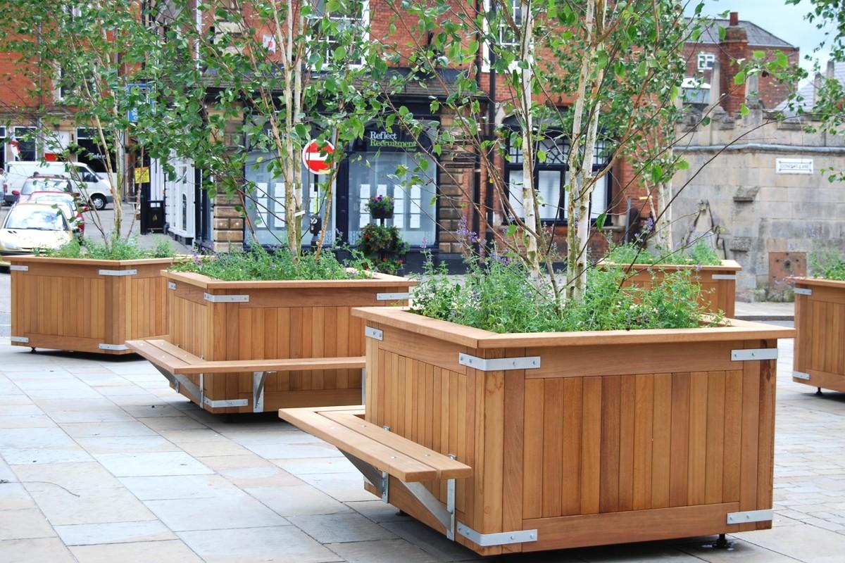 Kensington Timber Planter Street Design